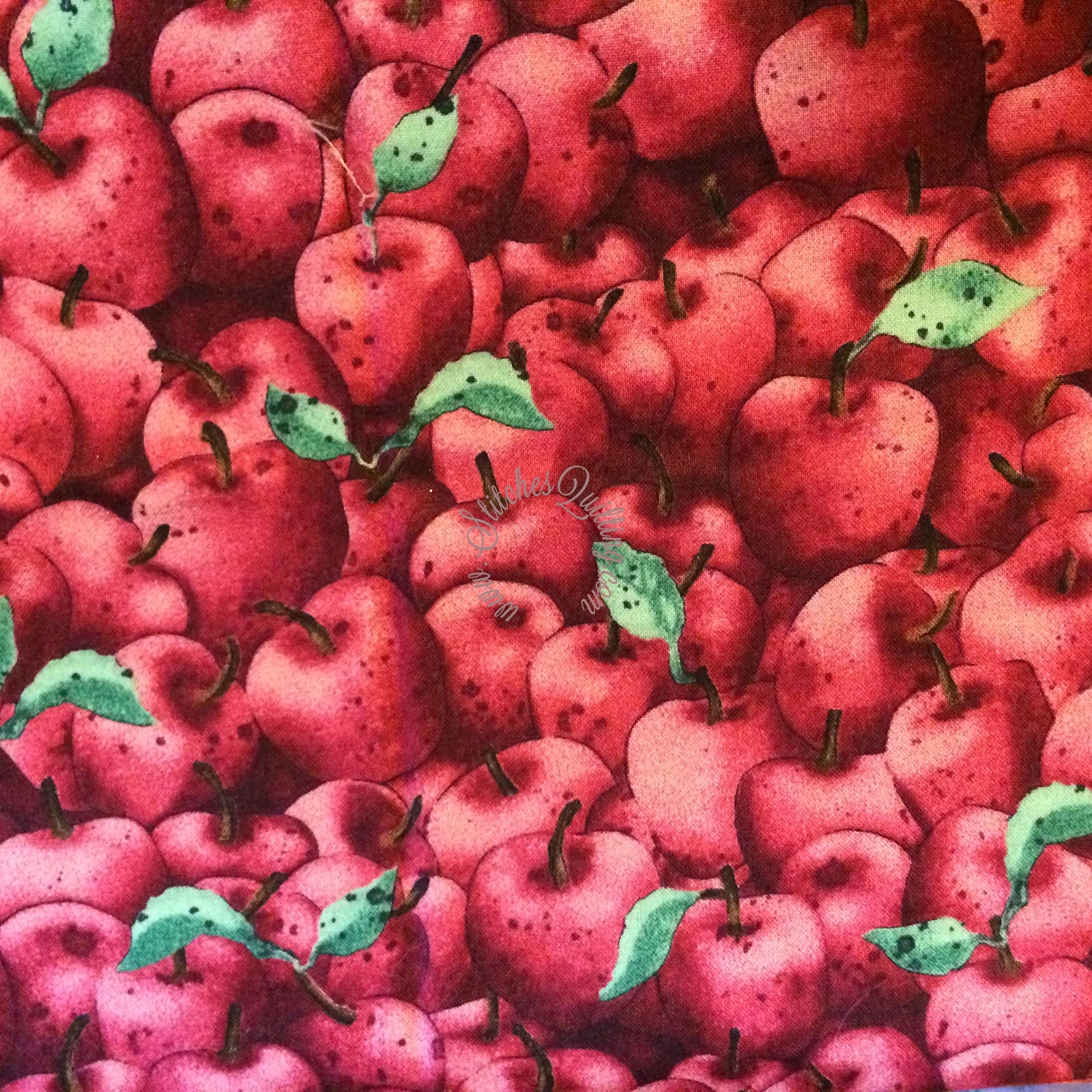 SSI Red Apples Patriotic Patchwork