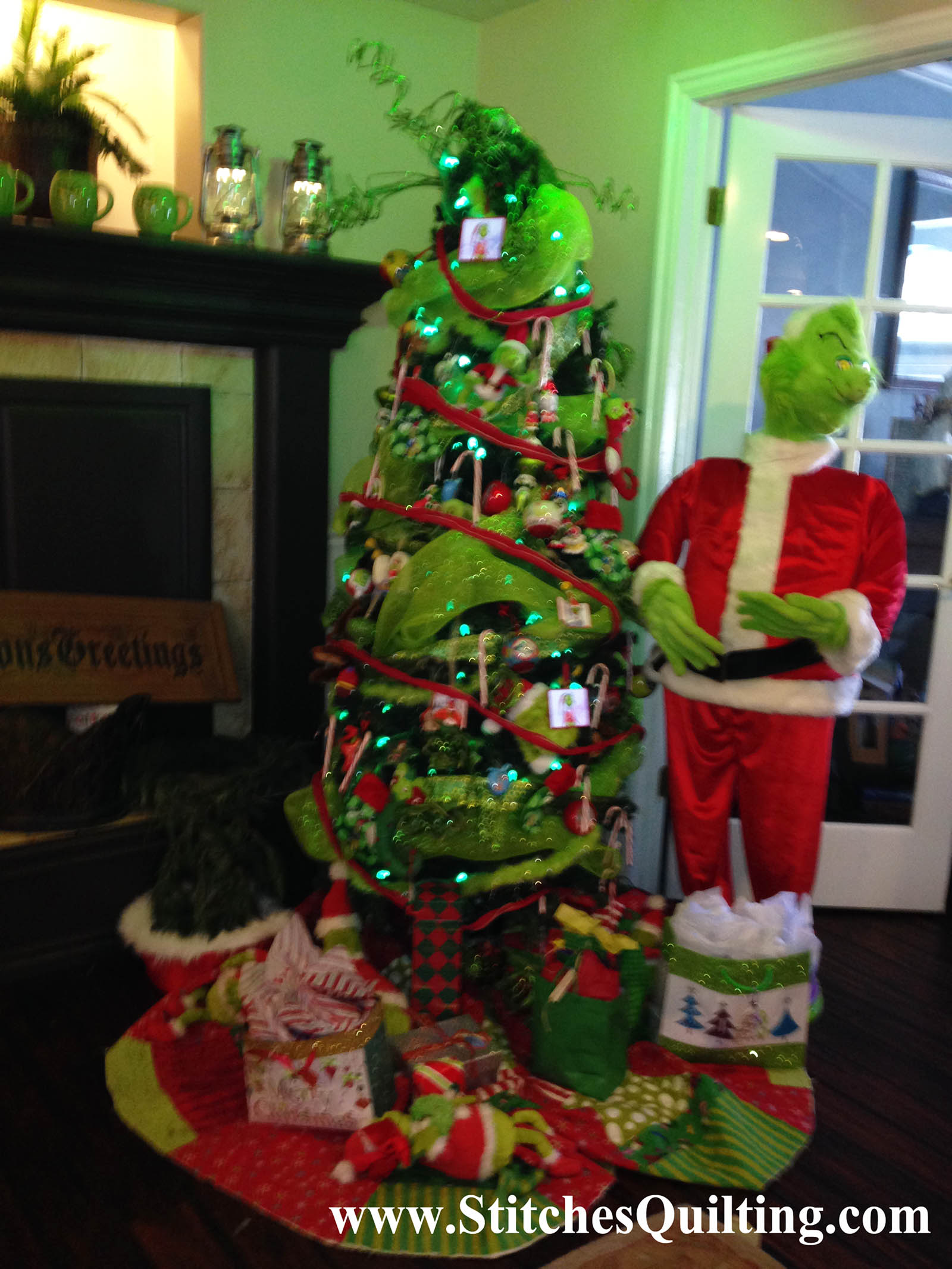 Our 1st Grinch Christmas Tree With Grinchy Quilted Tree