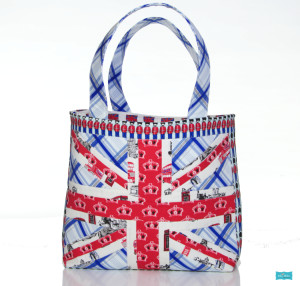 LOVE LOVE LOVE this British Invasion Bag made with Riley Blake Designs Fabric!