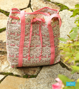 PERFECT GIFT! - Quilted Tote Breast Cancer Awareness Fabric Think Pink by Riley Blake Designs