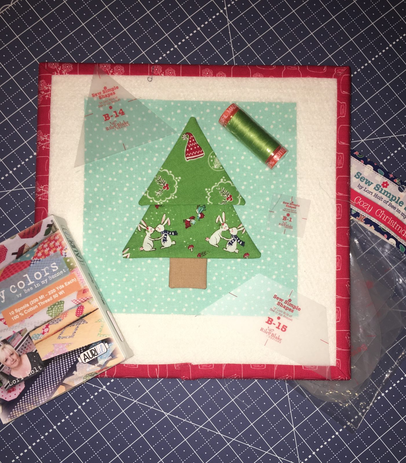 Cozy Christmas Tree with Layout