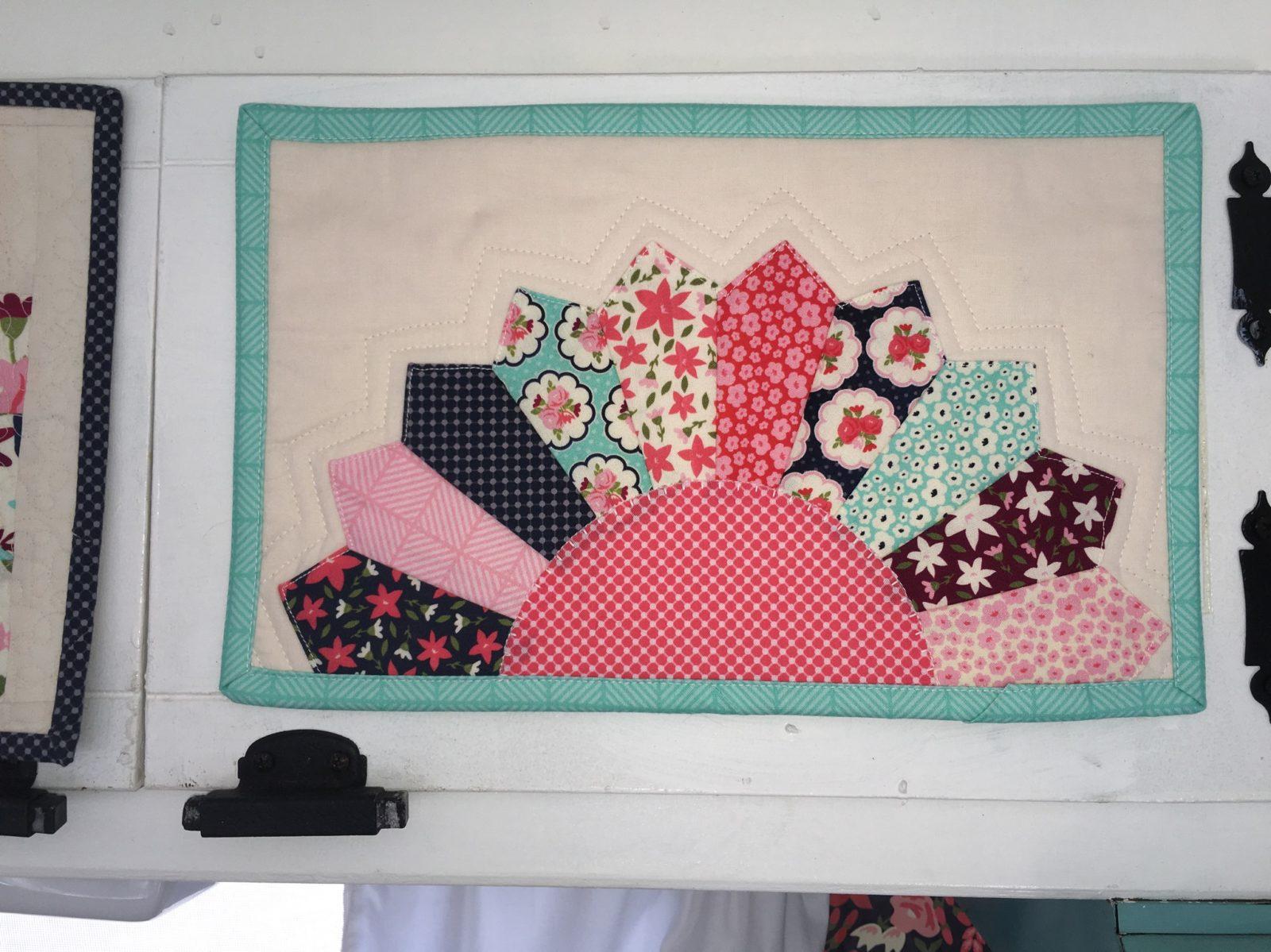 Posy Garden Dresden Plate Fan Mini Quilt Carina Gardner Riley Blake Designs