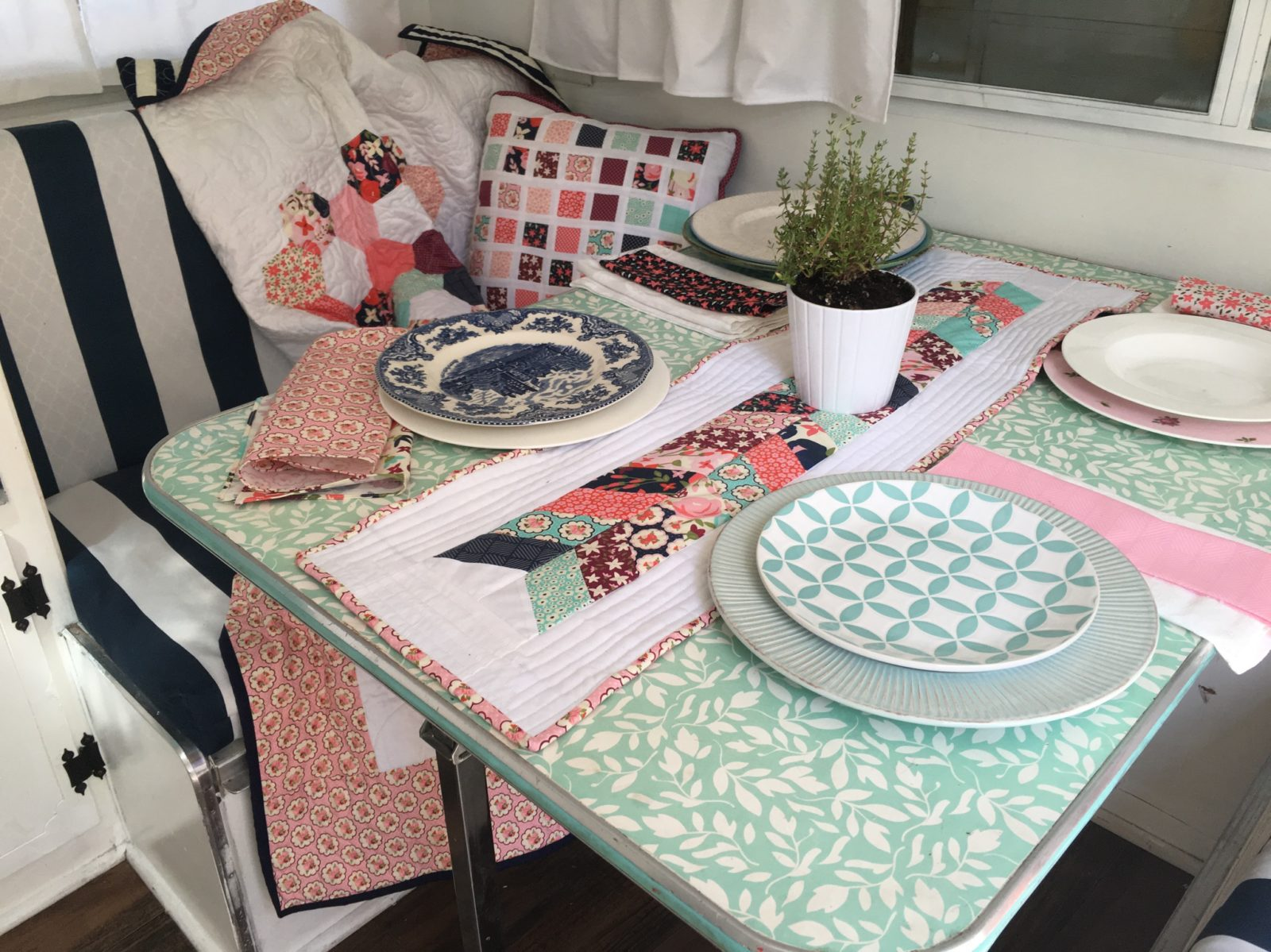 Posy Garden Glamping Camping Kitchen Dining