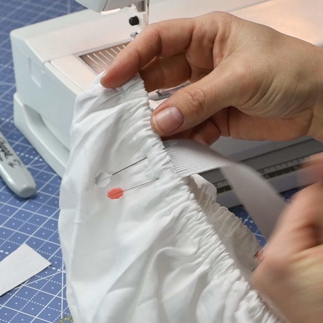 18 Get ready to stitch the right side elastic to the sheet