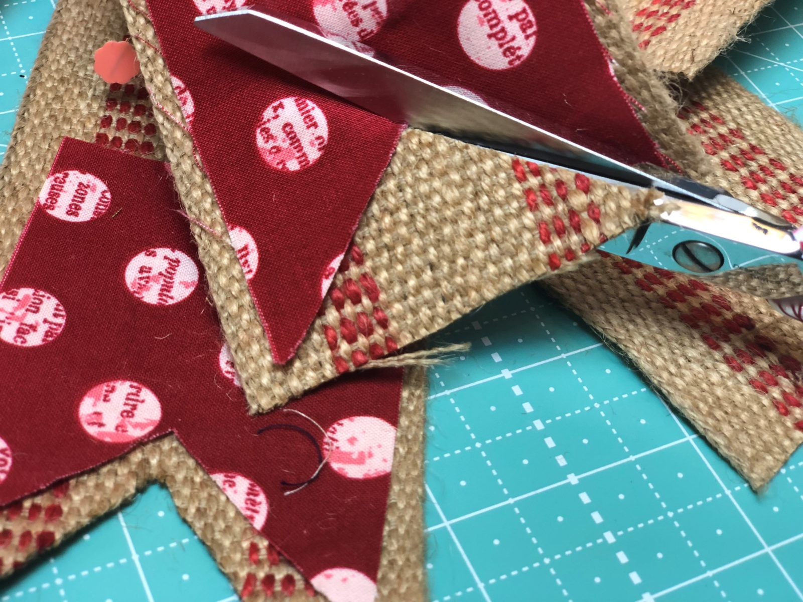 Cut the webbing with Valentine bunting fabric