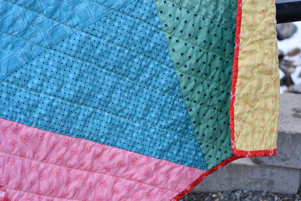 Free Pattern for Easy Modern Half Square Triangle Quilting Bee Basics Fabric Lori Holt Bee In My Bonnet Riley Blake Fabrics